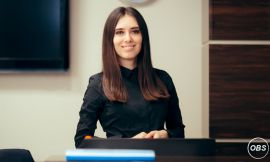 Receptionist Wanted in UK Full Time Free Ads UK