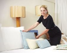 Wanted Expert Housekeeping  Cleaning Person in UK