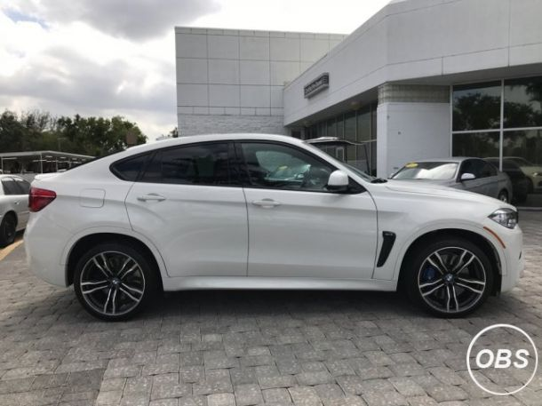 2017 BMW X6 M AWD and its 100 clean