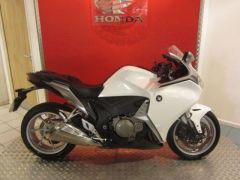 Honda VFR 2010 Available at UK Free Classified Ads