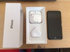 Apple iPhone 7 plus 32Gb for Sale in the UK