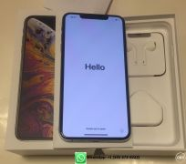 Apple iPhone XS Max 512GB Unlocked  700