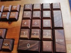 CroLander Classic Wooden Keyboard CW 5