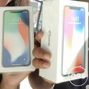 For sale Iphone X BNIB £900 256gb Black white 6pcs in uk free ads
