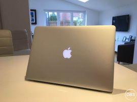 Macbook Pro 154 Inch Retina Display i7 25GHZ 16 GB Ram 2GB Radeon R9 Graphics