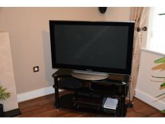 Panasonic TXP 42V10B VIERA PLASMA TV for Sale in the UK