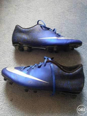 Mens Football Boots Nike CR7 Size 10 for Sale in the UK Free Ads