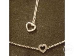 Pandora heart necklace and bracelet for Sale in the UK