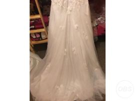 Stunning Wedding Dress Size 18 for Sale in the UK