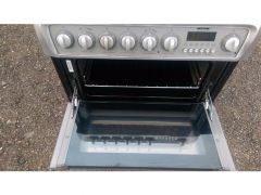 Hotpoint EW74 60cm double oven electric cooker for Sale in the UK