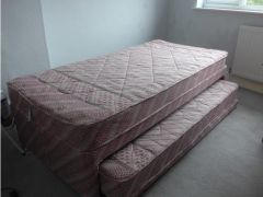 Single bed with trundle for Sale in the UK