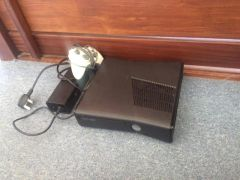 Xbox 360 250GB Black Console Available in Good Condition at UK Free Classified Ads