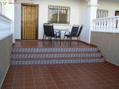 Costa Blanca La Cinuelica 2 Bedroom Townhouse with English TV Air Conditioning and WiFi at UK Free Ads