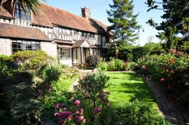 House in Bexhill Old Town Available for Rent at UK Free Classified Ads