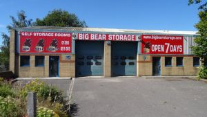 Warehouse 1300 Sqft Storage and Distribution Space UK Free Classified Ads