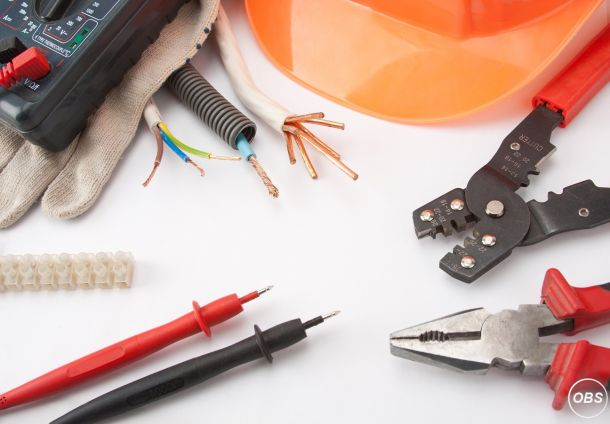 07801295368 Commercial NICEIC Electrician Servicing In Lambs Walk Mcadam Drive